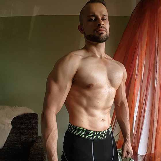 yasin sewpersad shapelifters muscular and lean body after transformation 560 pixels